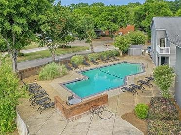 Pool Overview | The Mark Apartments