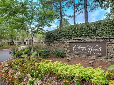 Welcome Sign | Colony Woods