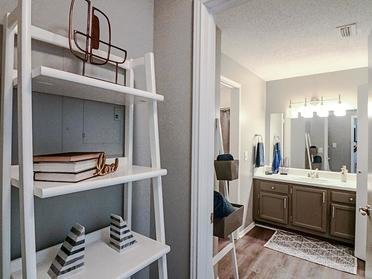 Closet | Colony Woods Apartments