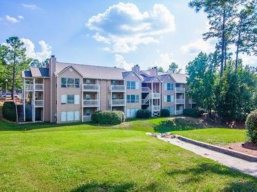 Exterior | Colony Woods Apartments