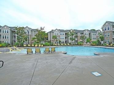 Pool | Vinings at Carolina Bays