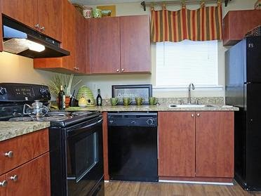 Kitchen | Tuscany at Midtown Apartments