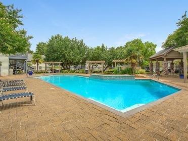 Van Mark Apartment's Swimming Pool