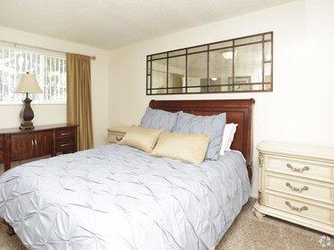 Bedroom | Christopher Village
