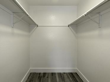 Closet | Foothill Place Apartments