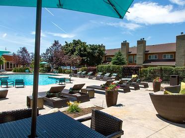 Swimming Pool | Foothill Place Apartment