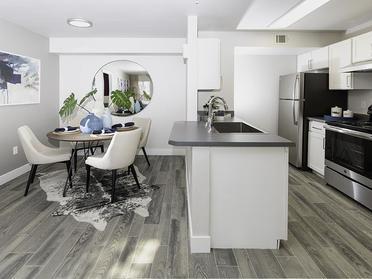 Dining Room | Maison's Landing