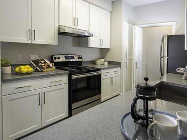 Apartments in Sandy, UT - Alpine Meadows Kitchen with Matching Appliances and Plenty of Cabinet Storage