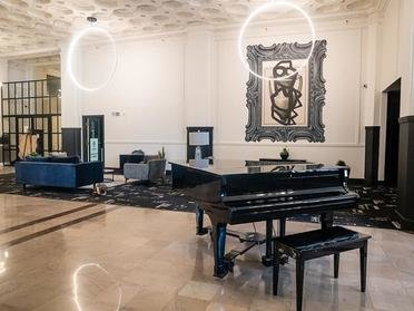 Lobby | Bigelow Apartments