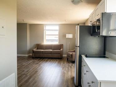 Kitchen & Living Room | The Bigelow Apartments