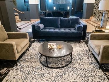 Loby | Bigelow Apartments
