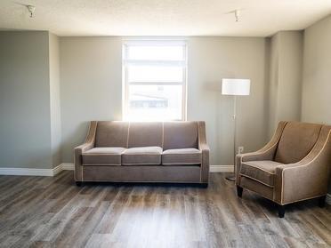 Living Room | The Bigelow Apartments