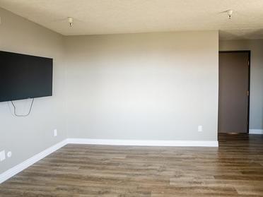 Hardwood Flooring | The Bigelow Apartments
