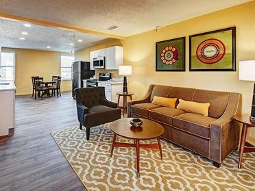 Living Room | Bigelow Apartments