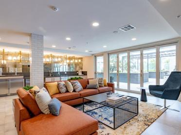 Clubhouse Lounge | The Link Apartments in Glendale, CA