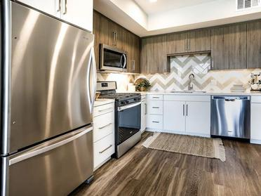 Fully Equipped Kitchen | The Link Apartments in Glendale, CA