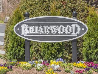 Welcome Sign | Briarwood Apartments