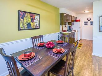 Dining Area | Briarwood Apartments