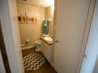 Bathroom | Cornerstone Apartments & Townhomes