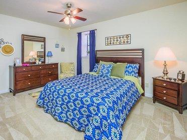 Bedroom    Cross Creek Cove