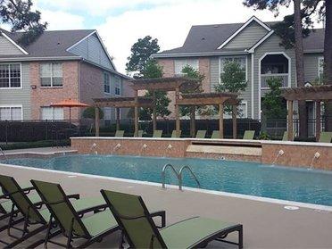 Pool   Evergreen at River Oaks