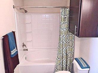 Bathroom | Evergreen at River Oaks
