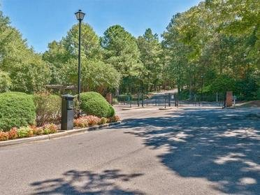 Gated Community | Inverness Cliffs