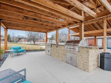 BBQ and Picnic Area |  | The Vista