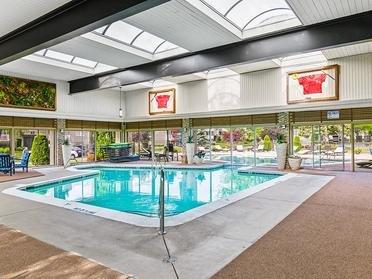 Indoor Swimming Pool   Township Square Apartments in Saginaw, MI