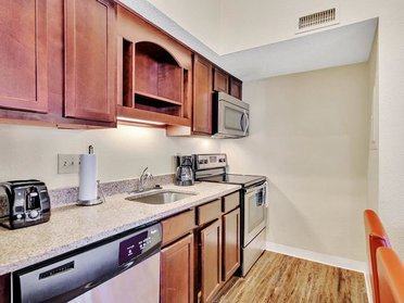 Fully Equipped Kitcen | Vivo Apartments in Winston Salem, NC