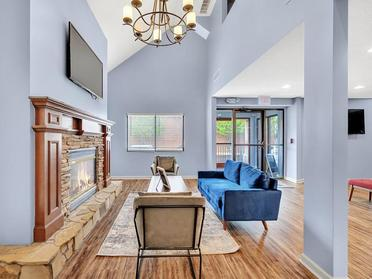 Clubhouse Lobby | Vivo Apartments in Winston Salem, NC