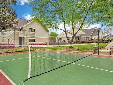 Tennis Court | Vivo Apartments in Winston Salem, NC