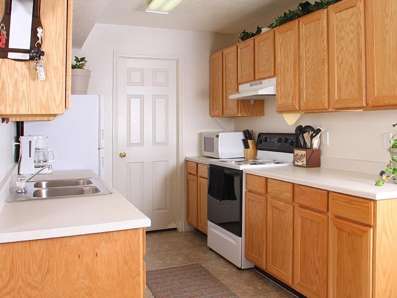 Kitchen 2 Bedroom Apartments West Jordan