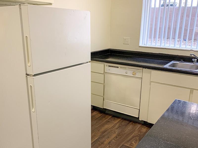 Kitchen | Atherton Park Apartments