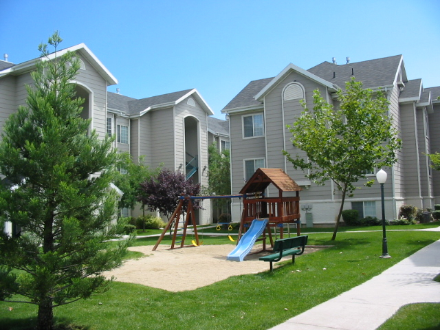 Luxury Apartments in Orem, Utah | Country Springs Apartments