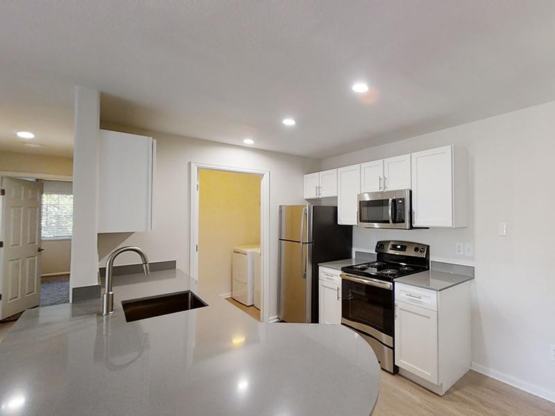 Kitchen   Ketring Park Apartments in Littleton, CO