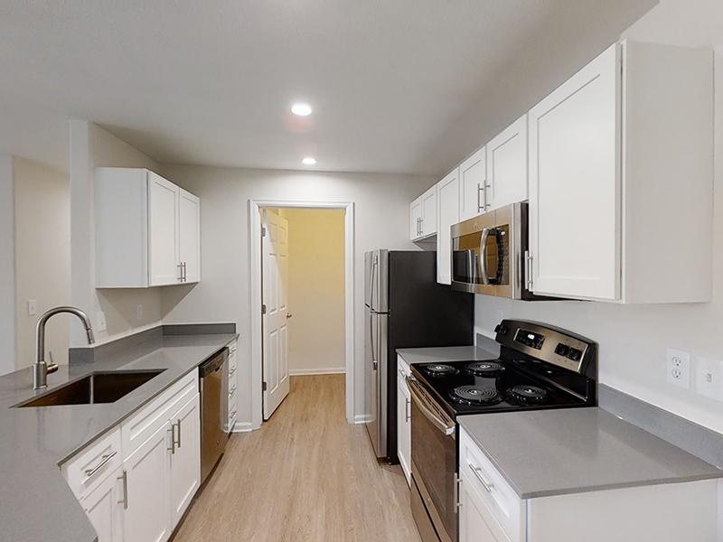 Fully Equipped Kitchen | Ketring Park Apartments