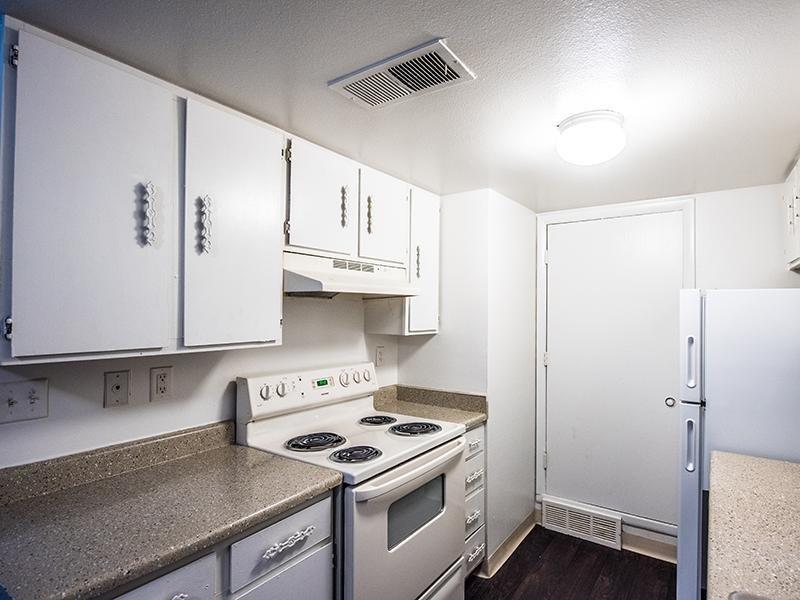 Kitchen   Aspenwood Apartments