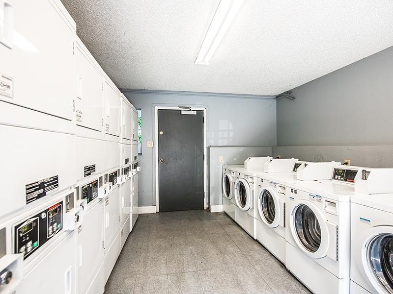 Laundry   Aspenwood Apartments