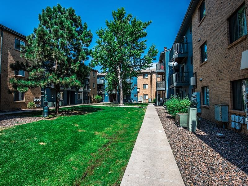 Exterior | Aspenwood Apartments
