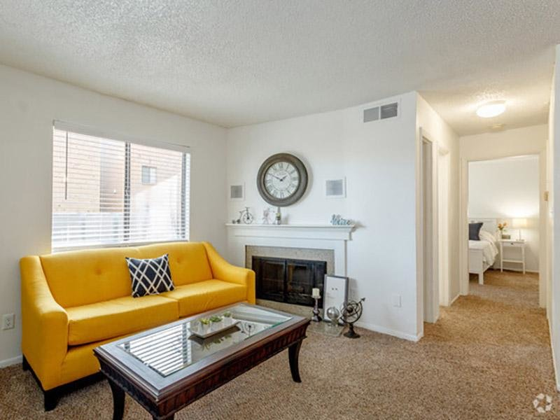 Aspenwood Apartments | Living Room