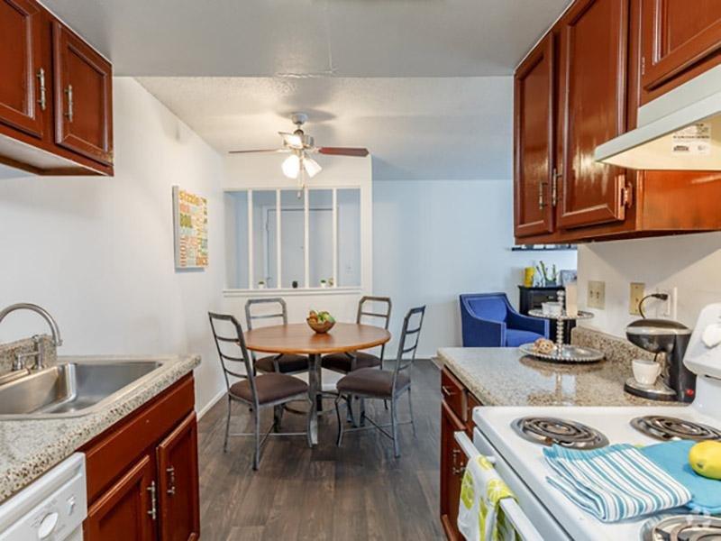 Kitchen & Dining Room | Aspenwood Apartments