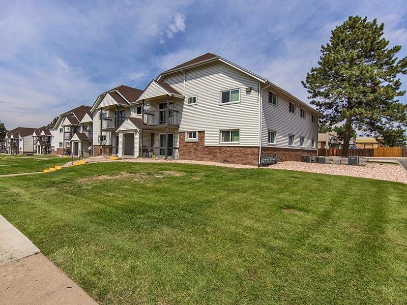 Verona Park Apartments in Colorado