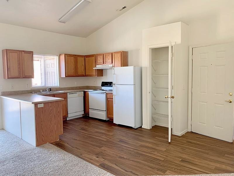 Fully Equipped Kitchen | Green Grove