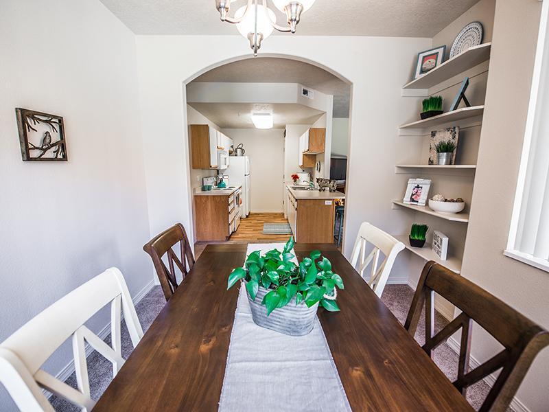 Dining Room | Pleasant Springs