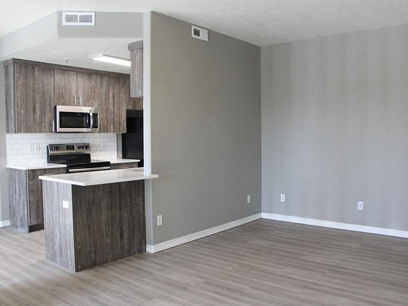Dining Area | Pleasant Springs Apartments in Pleasant Grove, UT