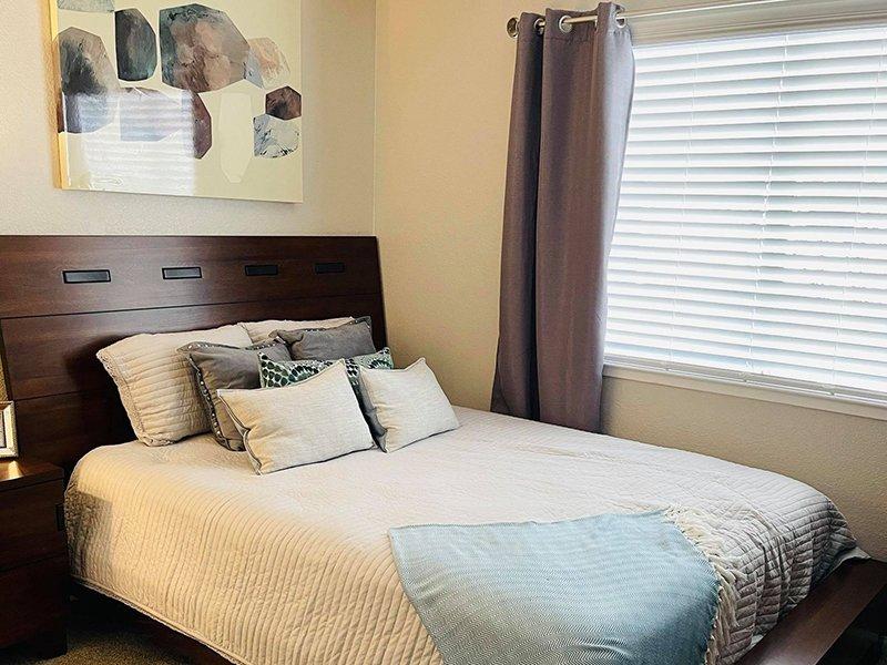 Bedroom | Echo Ridge at North Hills