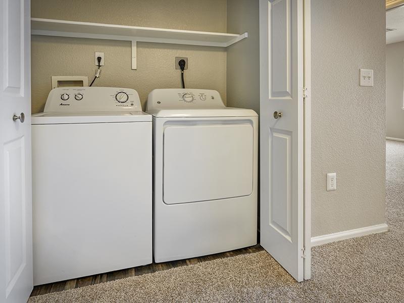 Laundry | Echo Ridge at North Hills Apartments in Northglenn, CO