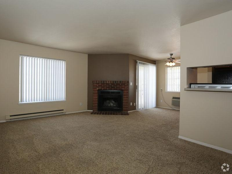 Living Room - Fireplace - Arbors at Sweetgrass