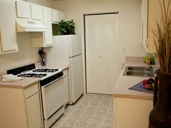 Lake Tonopah Apartments in Las Vegas, NV